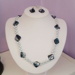 Jewelry - Handmade pearl necklace and earrings